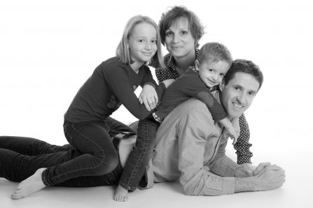 Photo studio de famille - Fanny Dumaine