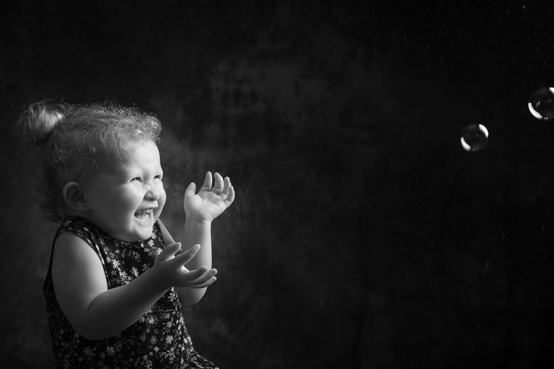 Photo studio petite fille à Rumilly en Haute-Savoie